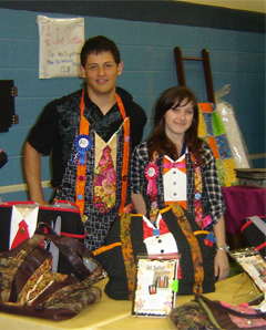Kevin and Maria at QuiltMoxie booth at Salon 2010